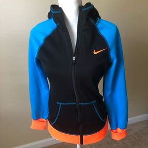 Women's Nike Therma Fit Jacket. Size S.